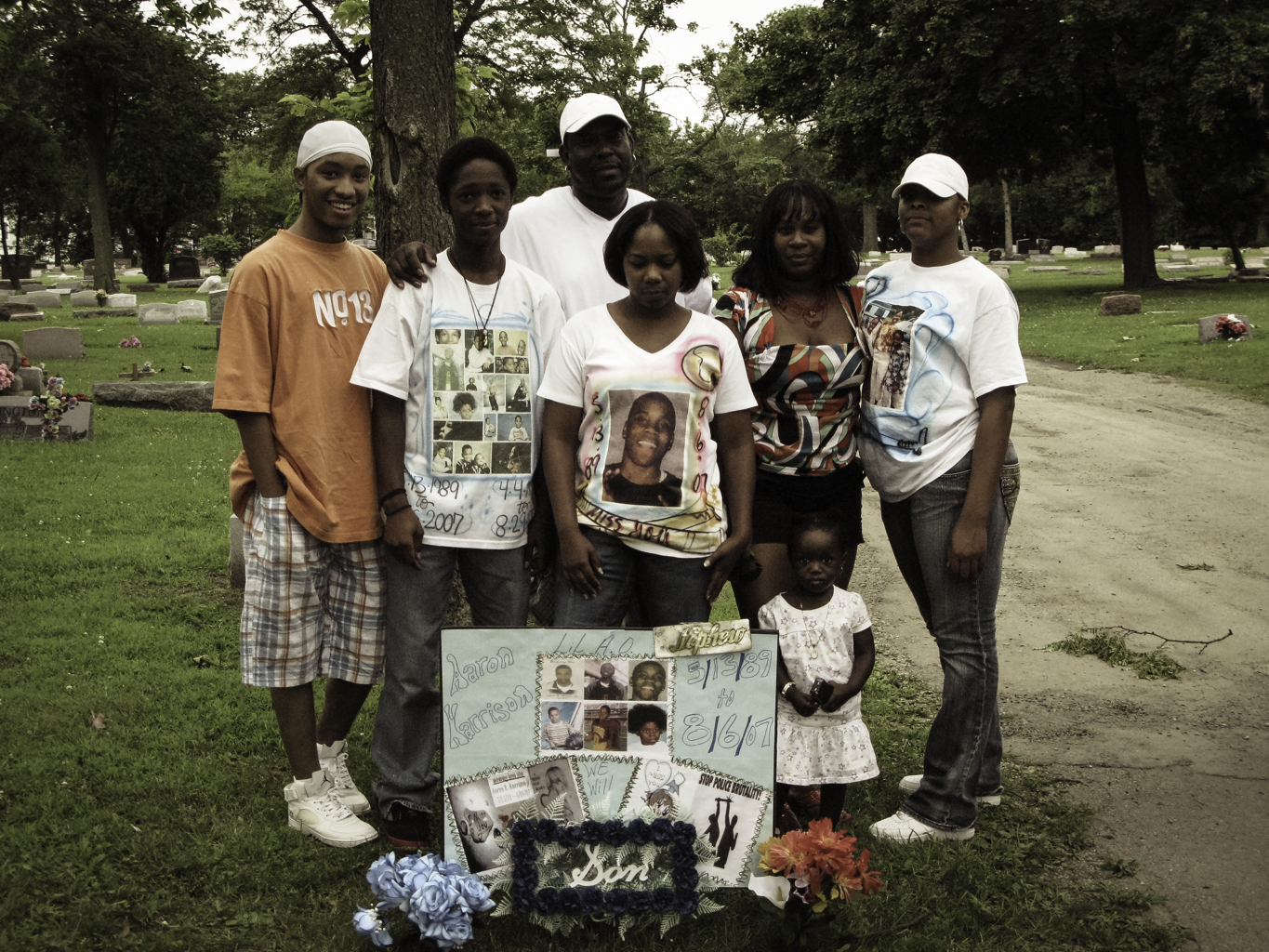 A family portrait at the Lil' A.O.'s grave.